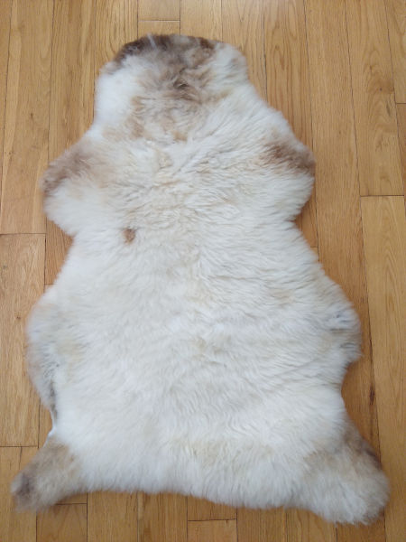 glenriver-rare-breed-sheepskin-rug