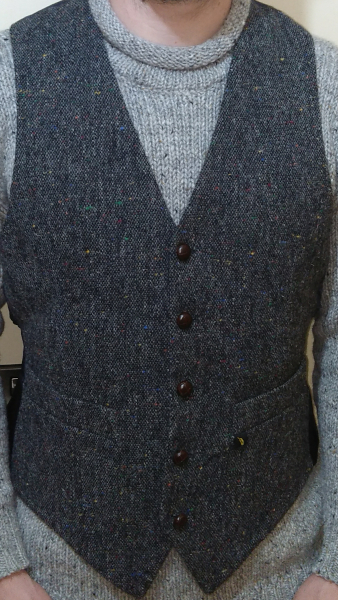 grey-pepper-herringbone-tweed-waistcoat-glenriver-knitwear-donegal