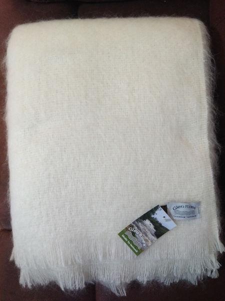 natural-alpaca-wool-throw-glen-river-knitwear-donegal